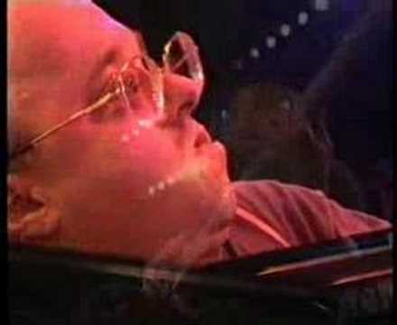 Brazilian Like - Michel Petrucciani -- Watch at 01:37 etc unbelievable Triols
