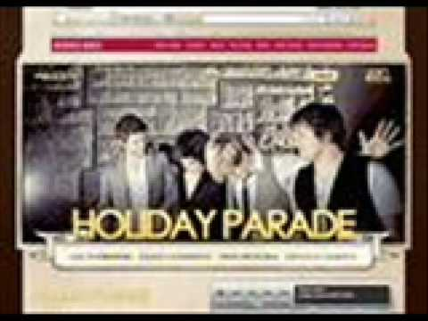 Holiday Parade - Don`t Close Your Eyes w/ Lyrics