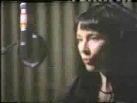 "Holly Cole Trio - Making of ""Calling You"""