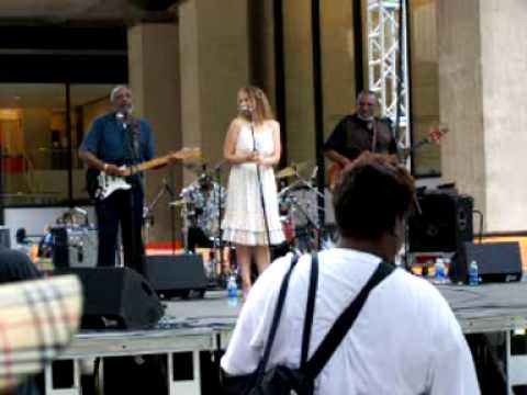 "Holmes Brothers & Joan Osborne ""Tell Him What You Want"" Lincoln Center Aug `09"