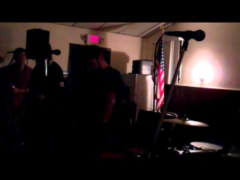 Honah Lee at Warren American Legion, Warren, NJ - 11.6.10 - 3 of 6