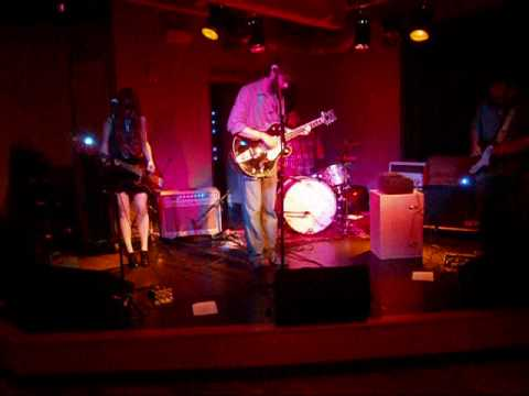 honey clouds - nester live @ bayside bowl - portland, me 07.10.10.wmv