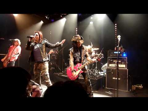 Steven adler`s appetite - It`s so easy - Nightrain - ex Guns N` Roses - Vaureal 11 02 2011 france