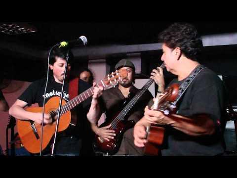 Hoppo!!! - Ojala Que Llueva Cafe (El Subterraneo 15.10.2010)