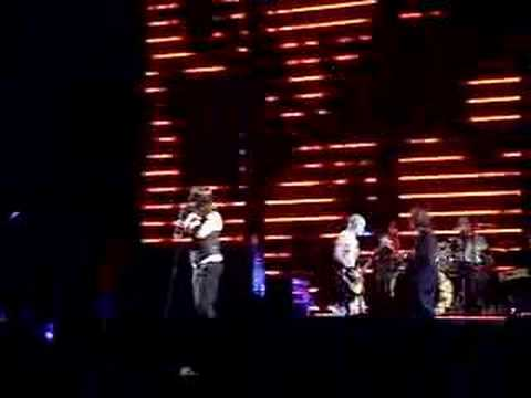 RHCP Live @ Voodoo 2006 Fest Apache Rose Peacock