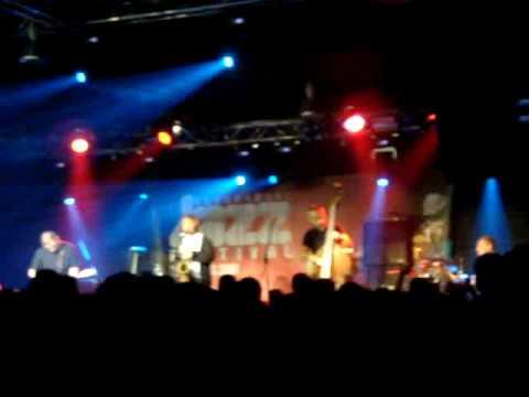 Red Snapper - Hot Flush (Live In Belgrade)