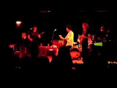 TJ & The Hot Mugs: Last Train Home