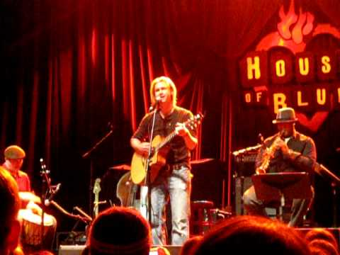 Bronson Arroyo - Scars (Papa Roach cover)