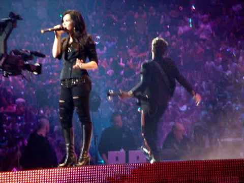 "Jonas Brothers and Demi Lovato ""This Is Me"" live @ Houston Rodeo"