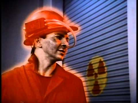 Devo - (It Takes A) Worried Man (1979/1982) w/ Commentary!