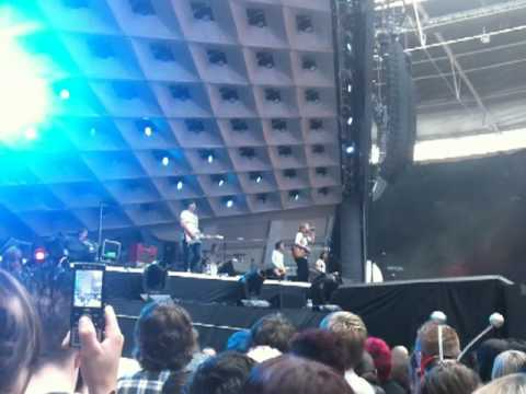 I Am Arrows - Everybody Wants To Rule The World (Cover) @ WEMBLEY STADIUM, 11th September