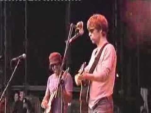 The La`s - There She Goes - Glastonbury 2005