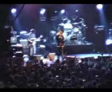IAN BROWN LIVE AT CLAREMONT, ESHER - I WANNA BE ADORED