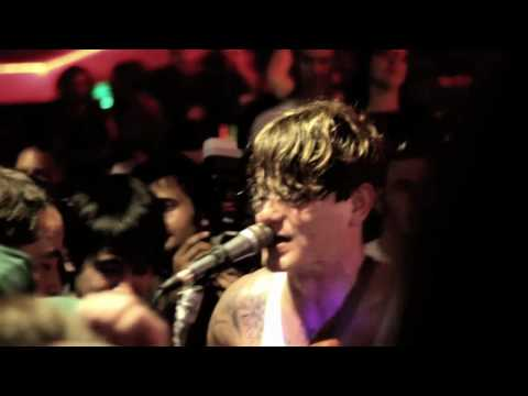Thee Oh Sees - Block of Ice live at the Serra Bowl