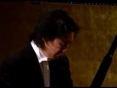 Mozart Bond Igudesman and joo