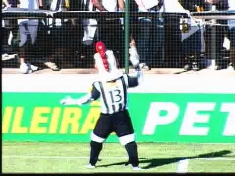 fantastico gol do galo dele obination o iluminado 2010 mircmirc