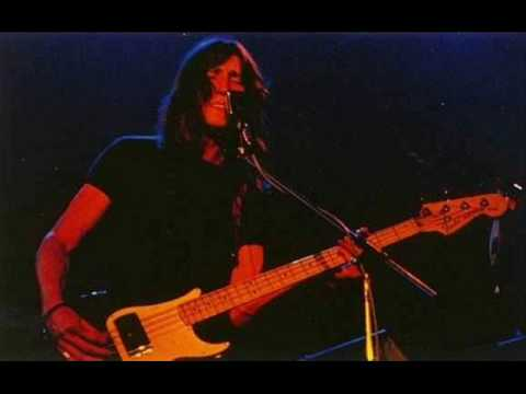 Pink Floyd Pigs(Three Different Ones) Montreal 1977 pt.1