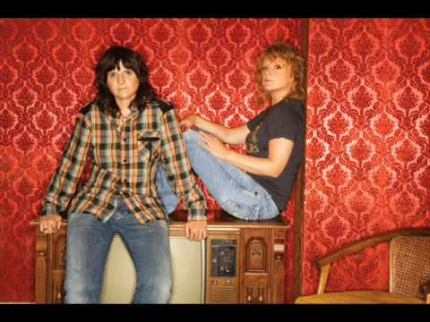 The Indigo Girls - I Believe In Love