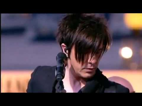 Indochine-Un ange a ma table CONCERT GRAND JOURNAL DE CANNES 2010