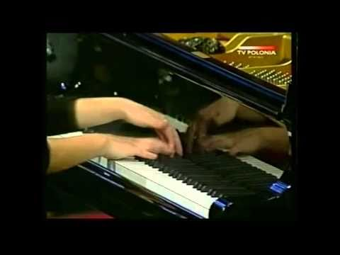 Ingrid Fliter - Chopin Piano Concerto n.2, First Movement, part 2 (year 2000)
