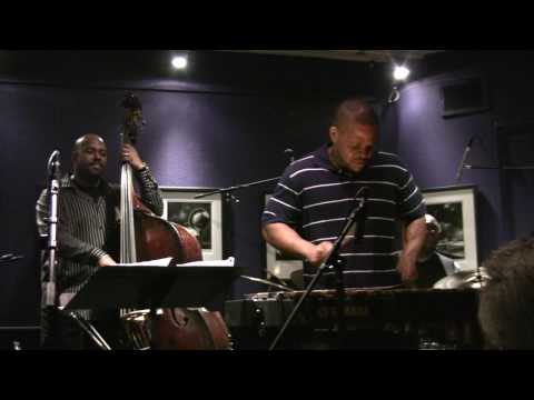 James Ross @ Warren Wolf - (Vibraphone Solo) - Christian McBride & Inside Straight Band
