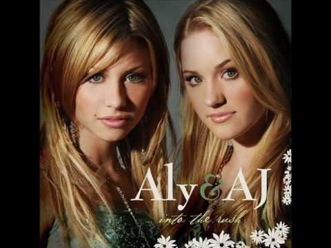 Aly And Aj - Out Of The Blue [Lyrics]
