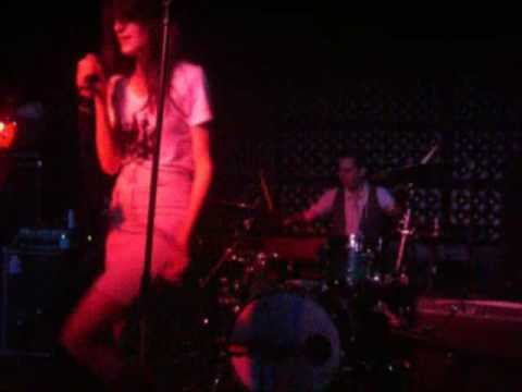 io echo @ The Casbah - I want you (cover)