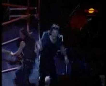 Iron Maiden - Fear Of The Dark (Live @ Rock In Rio 2001)