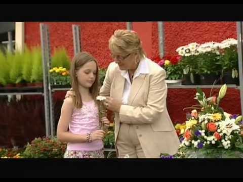 Isla Grant - A Daisy For Mama.avi