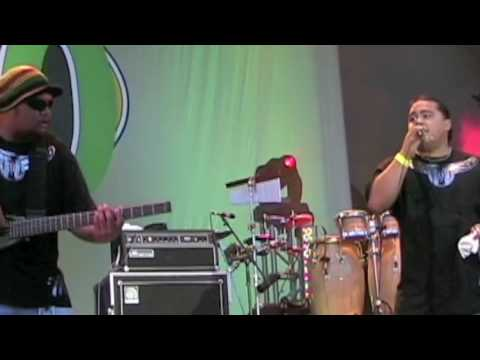 "Maoli ""Write Me A Letter"" at KCCN Birthday Bash 2009"
