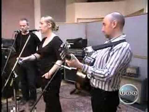 Isobel Campbell & Mark Lanegan - Revolver (Live)