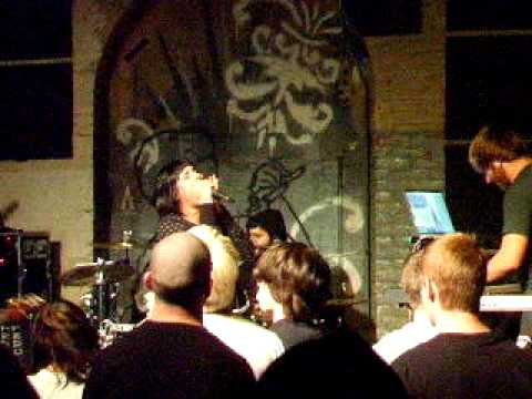 IWRESTLEDABEARONCE - Taste like Kevin Bacon LIVE