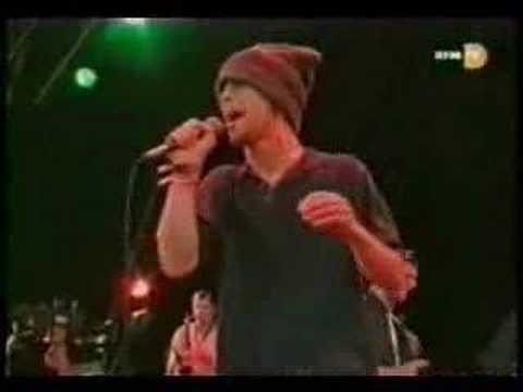 Jamiroquai- Sunny [Live at `95 Glastonbury Festival]
