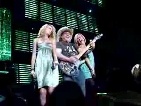 Jason Alexander, Kelly Pickler, Taylor Swift,Brad Paisley