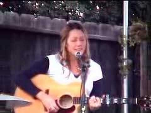 "Colbie Caillat & Jason Reeves on Stephanies Stage - ""Bubbly"""