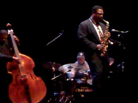 "Kind of Blue Anniversary at 50 ""The Theme""(Jimmy Cobb drum solo) Roma Jazz Festival 2009"
