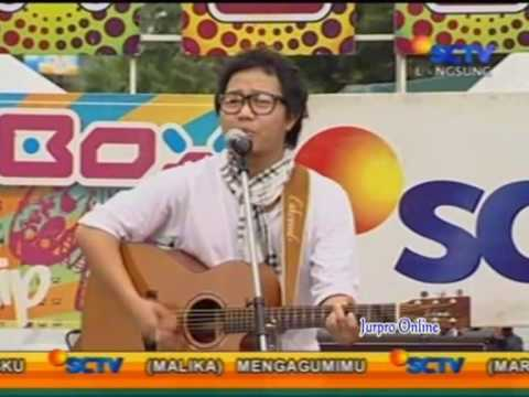 Sandhy Sondoro - Malam Biru live on INBOX 18-01-2010