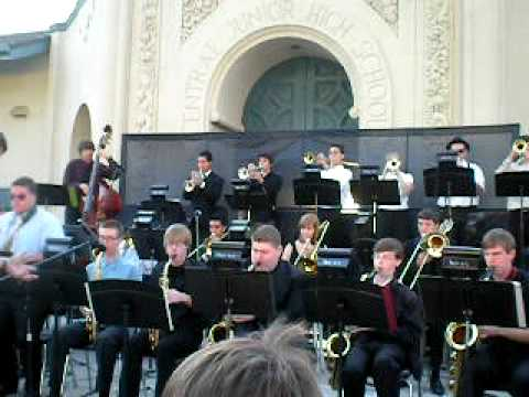 Riverside Poly Jazz Band @ Central`s Jazz Under The Stars part 4
