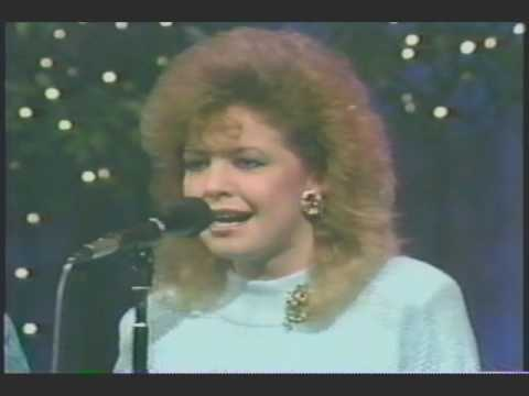 "Lewis Family - ""He Holds Me in His Hands"" - 1987 - featuring Jeff & Sheri Easter"