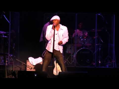 James Ross @ Mint Condition - Live In The Lou - This Is Funky As All Get Out!!!