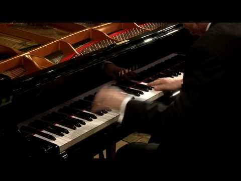 Jerome Rose Plays Schumann