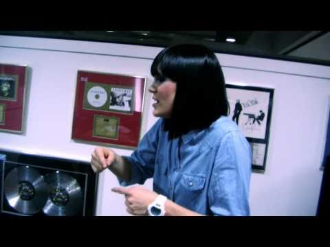 "SB.TV A64 [Acoustic 64] - Jessie J - ""Price Tag"""