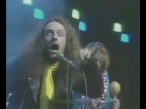 Jethro Tull - Living In The Past 1969