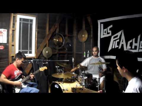 JJ Salazar, Frank & Oscar Ramirez- Oye Mi Amor, Clavado En Un Bar