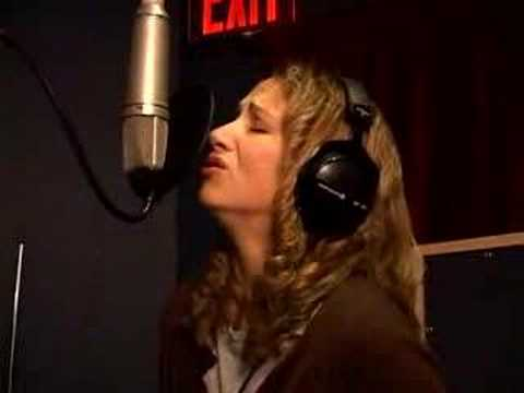 Joan Osborne Exclusive in Studio Video from her new album