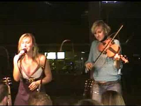 Joanna Smith live at Puckett`s / I Want You Back / Bruce Crawford Productions