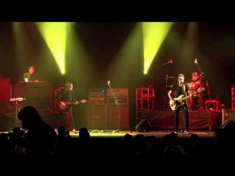 "Black Country Communion performs - ""One last Soul"""