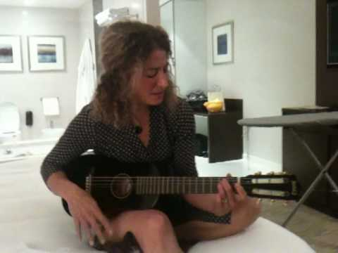 Nancy Guettier Unplugged
