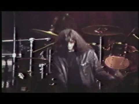 Joey Ramone - I Can`t Get You Outta My Mind - live