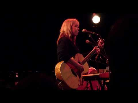Rickie Lee Jones - Bonfires (Live in Copenhagen, March 13th, 2010)